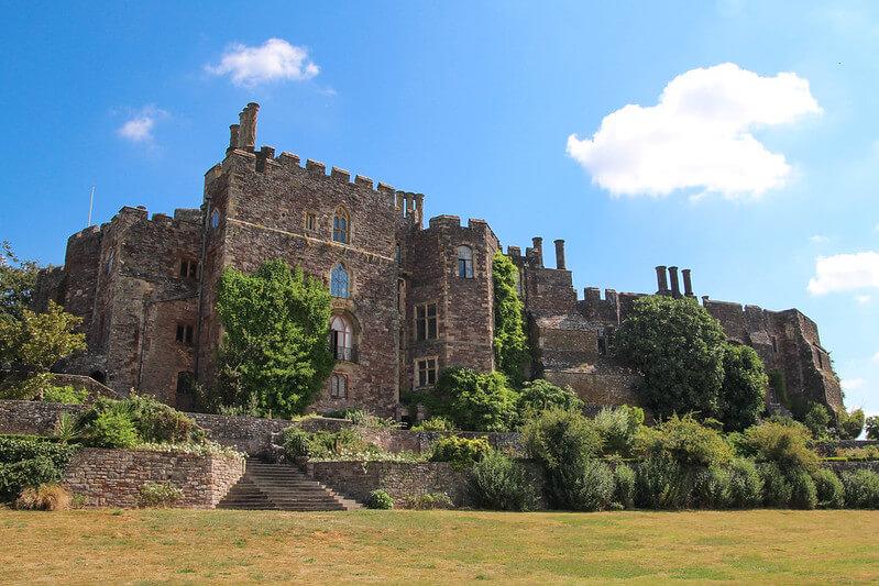 A photo of Berkely Castle