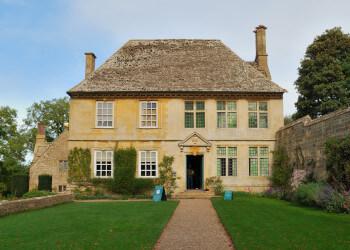 Snowshill Manor & Garden