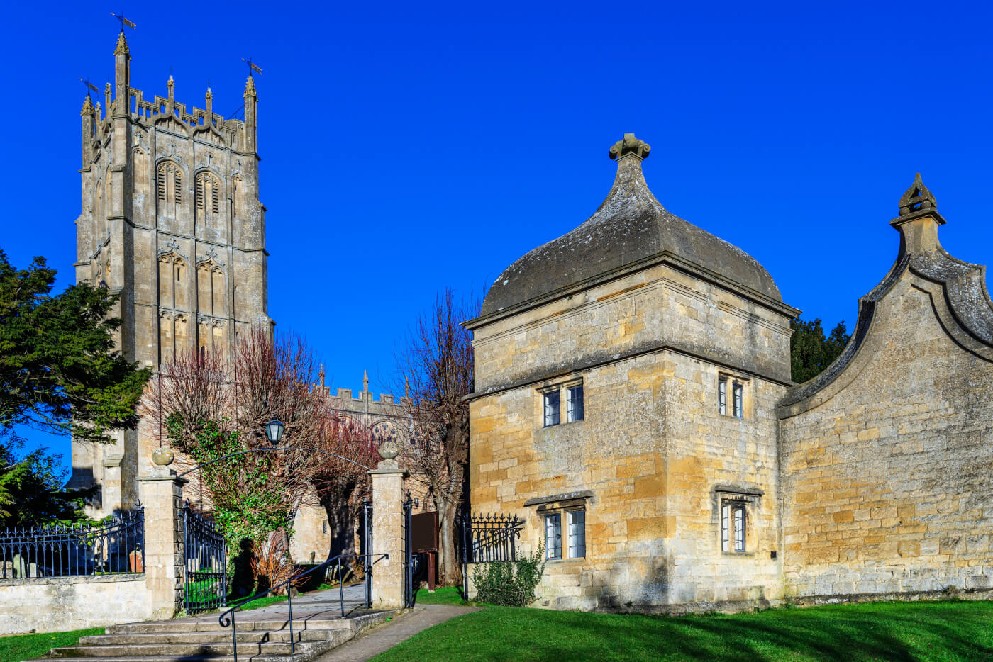 An image of the exterior of the Chipping Campden Wool Church