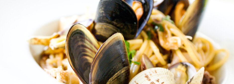 Mussels at The Plough Inn, Cold Aston