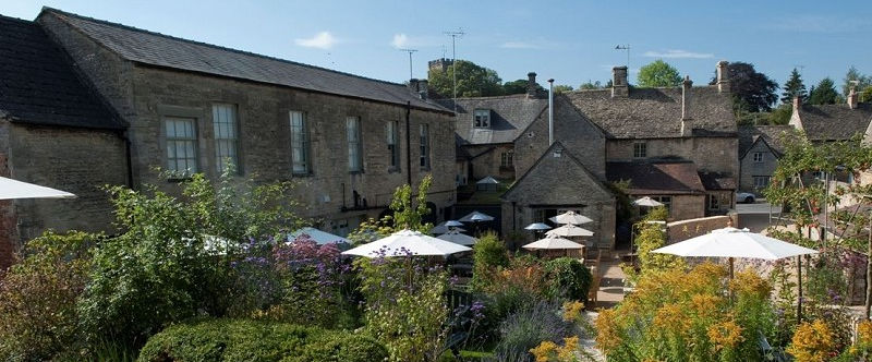 wheatsheaf-northleach-cotswolds-beer-gardens-manor-cottages.jpg