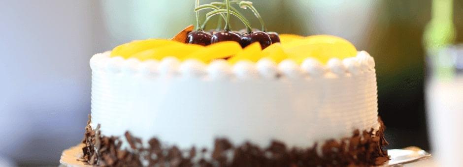 Homemade Lyndseys Café cake in Tetbury