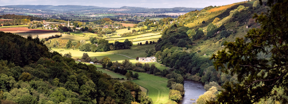 Enjoy the beautiful Wye Valley views from Symonds Yat Rock