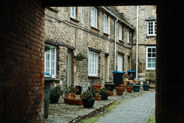 Cottages in Burford, one of the prettiest villages in the Cotswolds