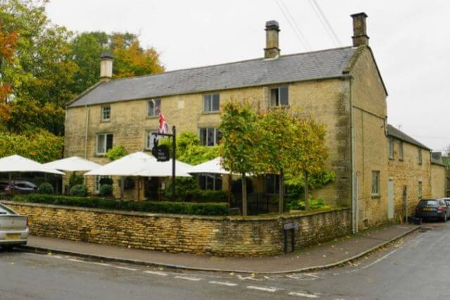 Outside view of the Wild Rabbit in Kingham